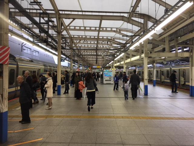 JR湘南新宿ライン「横浜駅」のホーム